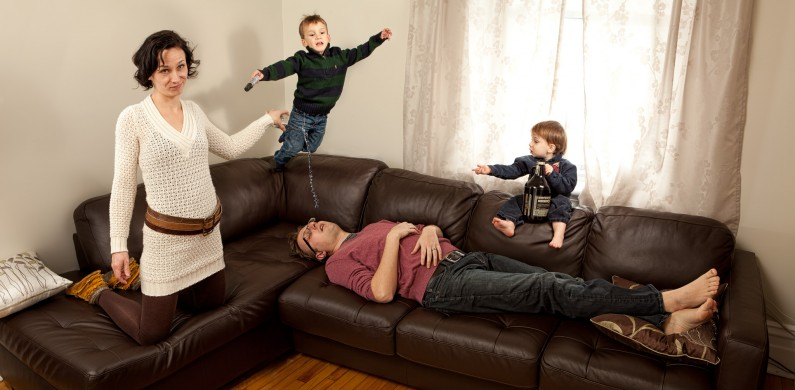 Extreme Family Portrait by Justin Van Leeuwen