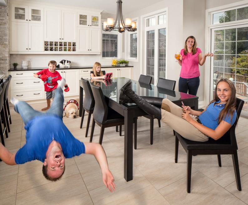 Ottawa Extreme Family Photographer Justin Van Leeuwen's Unique take on the family portrait