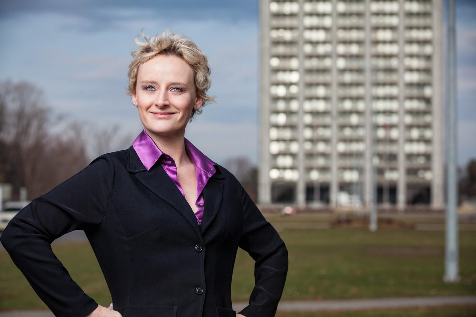 Ottawa_Portrait_Photographer_Justin_Van_Leeuwen--15-SarahMcVie-Edit
