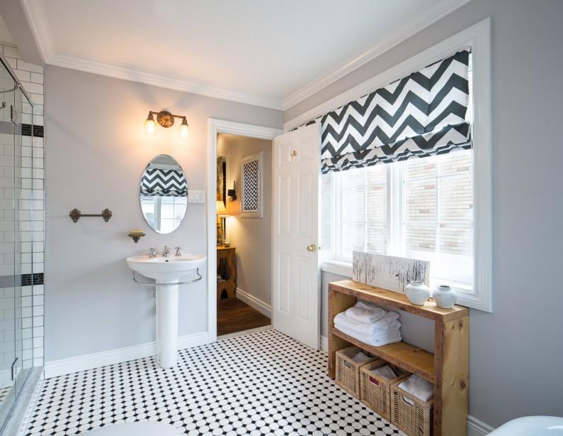 Ottawa Interior Photographer Justin Van Leeuwen - Grassroots Design Parkdale Batroom