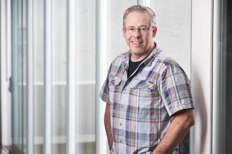 Ottawa Corporate Photographer Justin Van Leeuwen - CIRA Annual Report