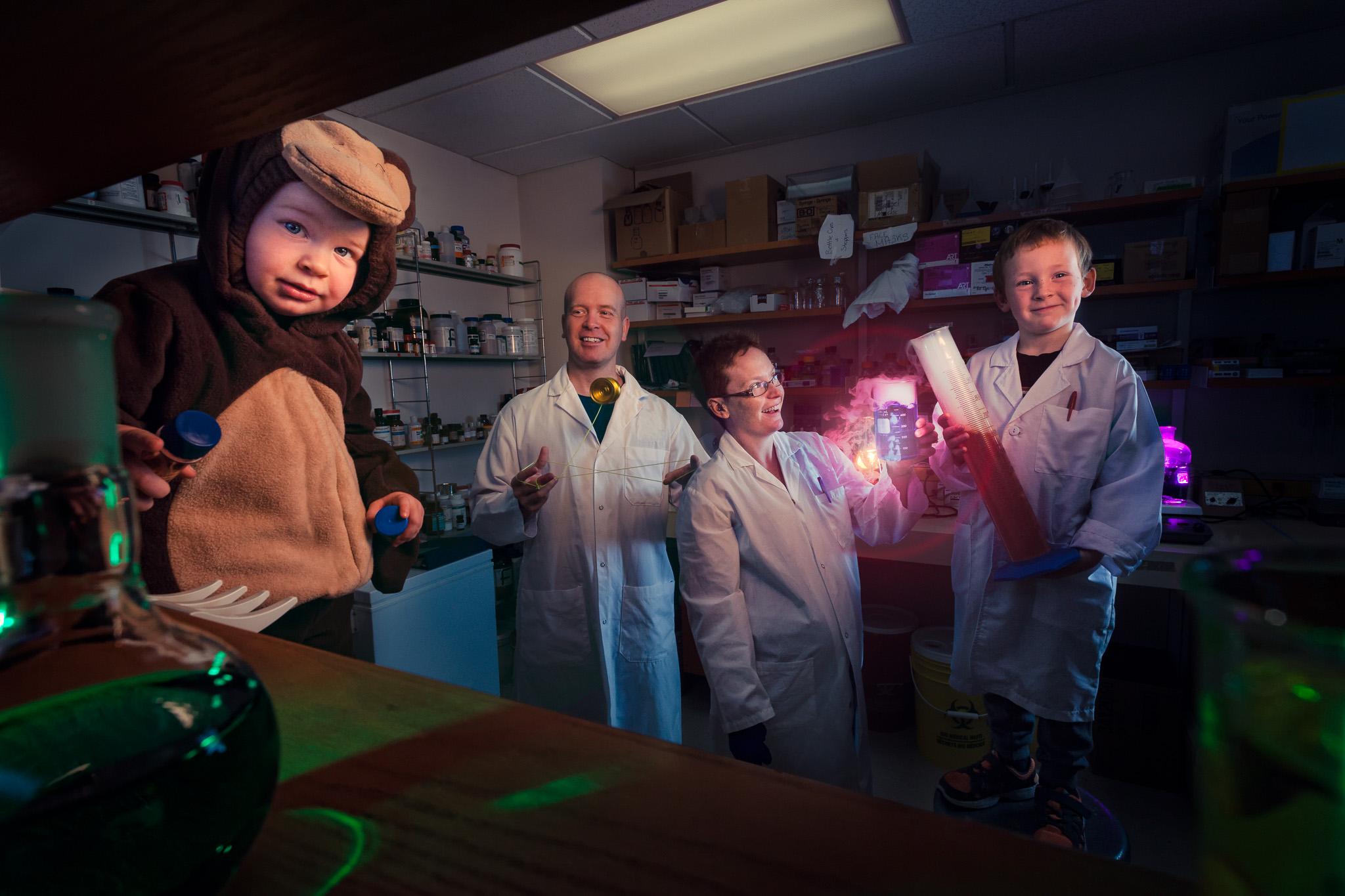 Ottawa Extreme Family Portrait Photographer Justin Van Leeuwen - The Monkey House 2