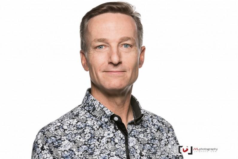 Ottawa Business Portrait Photographer Justin Van Leeuwen - Headshots